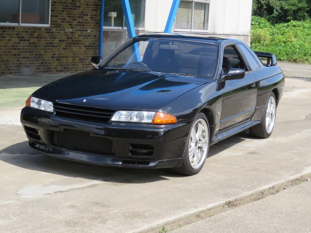 1387-GTR-Black-25